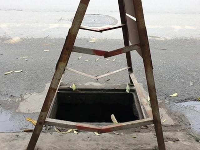 Chuyện nguy hiểm của những công nhân cống ngầm ở Hà Nội - 6