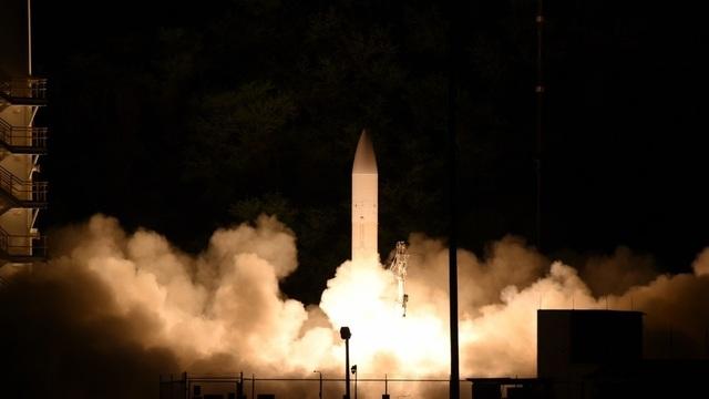 Video Mỹ thử thành công vũ khí bay nhanh gấp 5 lần tốc độ âm thanh - 1