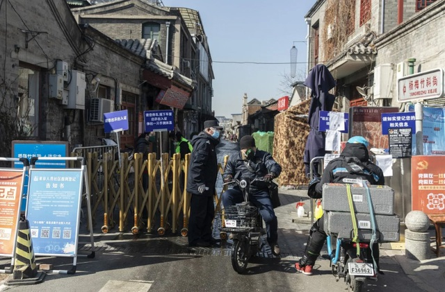 Người nghèo ở Trung Quốc mùa dịch Covid-19: Ít nhất chúng tôi không chết - 1