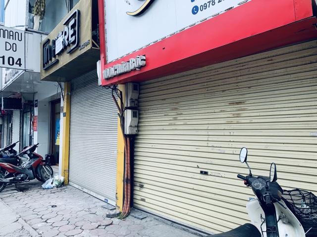 La liệt shop hàng đóng cửa, trả mặt bằng ở con phố sầm uất bậc nhất Hà Nội - 5