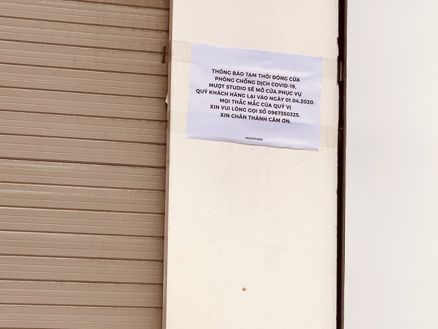 La liệt shop hàng đóng cửa, trả mặt bằng ở con phố sầm uất bậc nhất Hà Nội - 6
