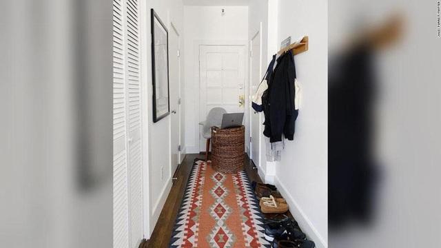 """Bồn tắm, nhà vệ sinh được tận dụng thành…  """"phòng làm việc"""" thời Covid-19 - 4"""