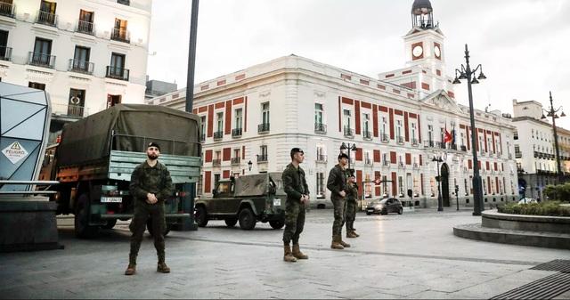 Tây Ban Nha: Số người chết vượt 1.300, gần 25.000 người nhiễm virus corona - 1