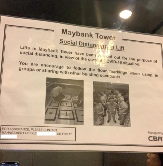 Singapore: Lạ mắt hình ảnh người đi thang máy trong Maybank Tower - 1