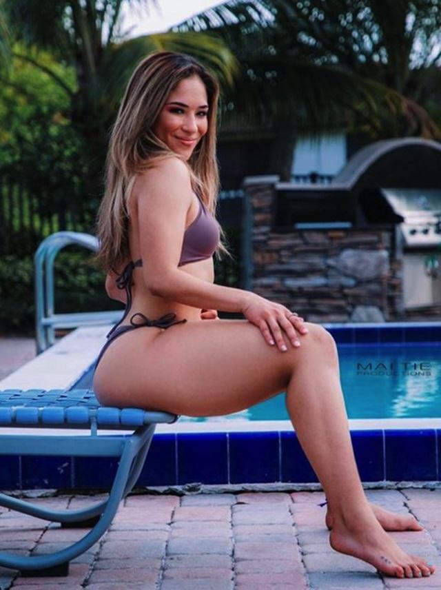 Quá nóng bỏng quyến rũ, nữ võ sĩ MMA dính tin đồn bơm ngực - 2