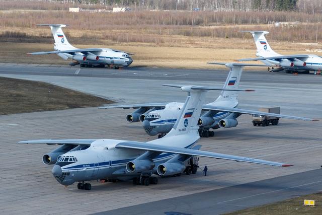 Nga, Trung Quốc hỗ trợ các nước chống đại dịch Covid-19 - 13