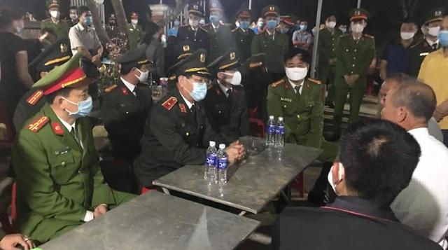 Thăng hàm, làm chế độ liệt sĩ cho chiến sĩ công an hy sinh khi làm nhiệm vụ - 6