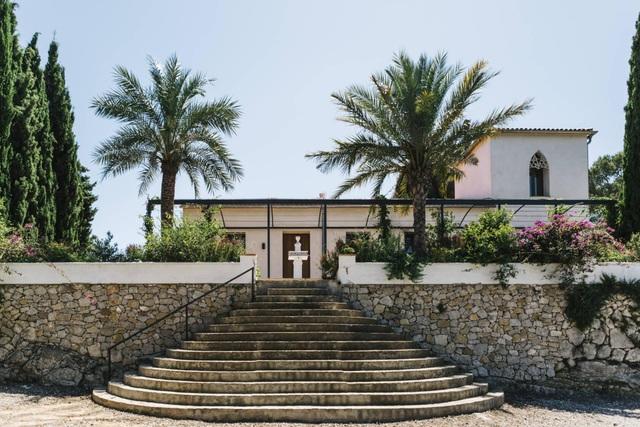 Ngôi nhà ở Tây Ban Nha nhưng lại mang đậm phong cách thiết kế Việt - 2
