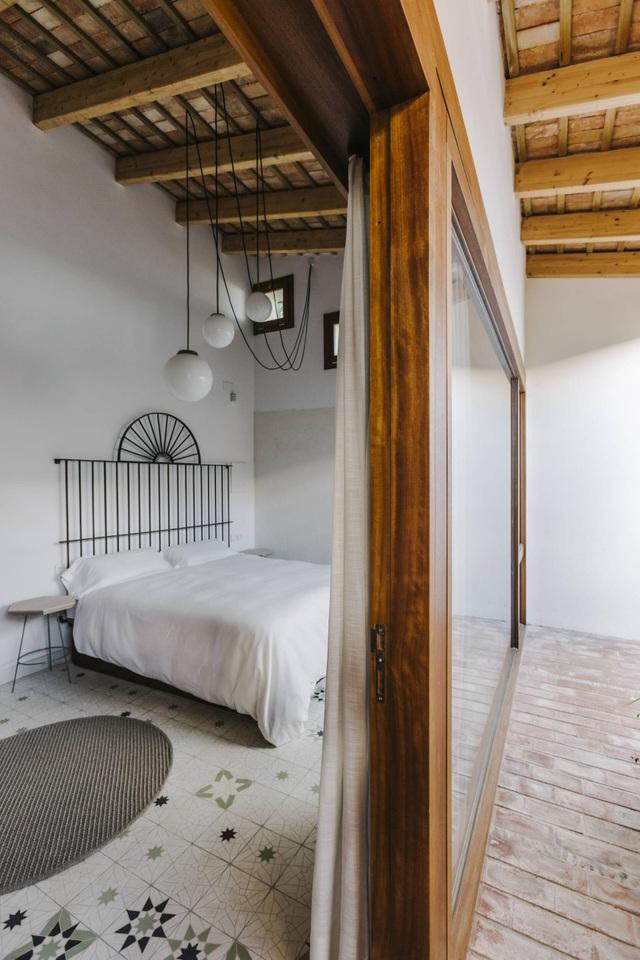 Ngôi nhà ở Tây Ban Nha nhưng lại mang đậm phong cách thiết kế Việt - 6