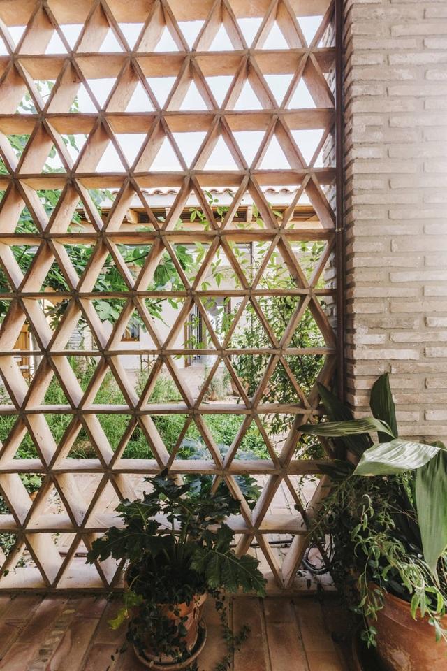 Ngôi nhà ở Tây Ban Nha nhưng lại mang đậm phong cách thiết kế Việt - 9