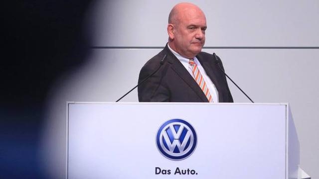 Tập đoàn xe hơi Volkswagen tạm ngừng sản xuất tại châu Âu do dịch Covid-19 - 2