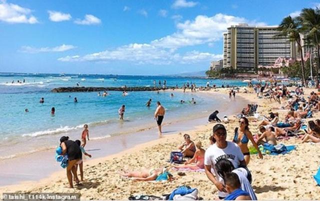 Đóng cửa những bãi biển nổi tiếng do tập trung đông người - 5