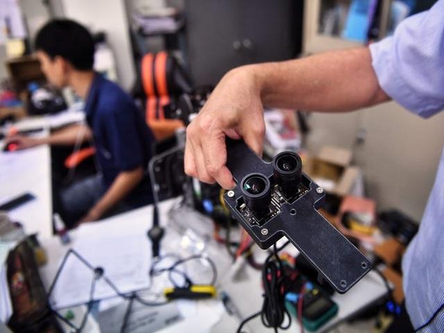 Thái Lan dùng robot để khám chữa cho bệnh nhân Covid-19 - 2