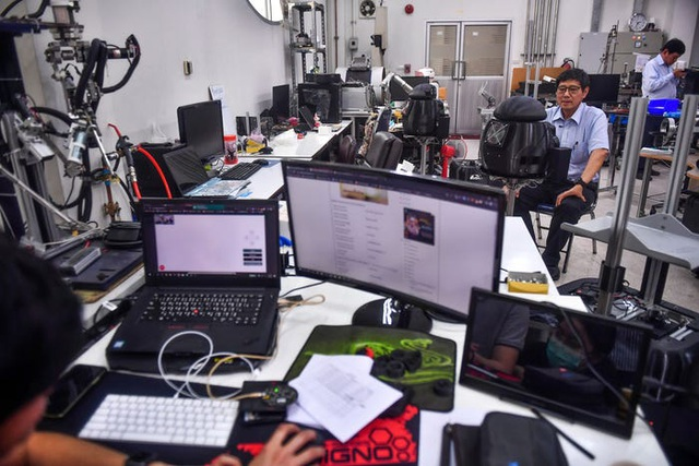 Thái Lan dùng robot để khám chữa cho bệnh nhân Covid-19 - 4
