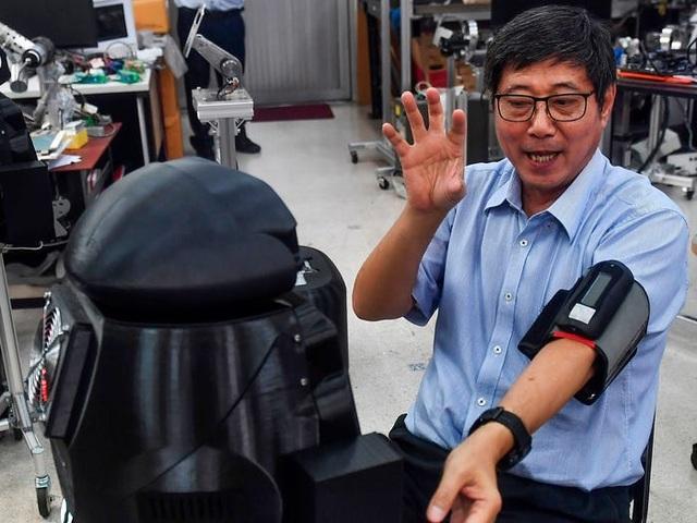 Thái Lan dùng robot để khám chữa cho bệnh nhân Covid-19 - 6