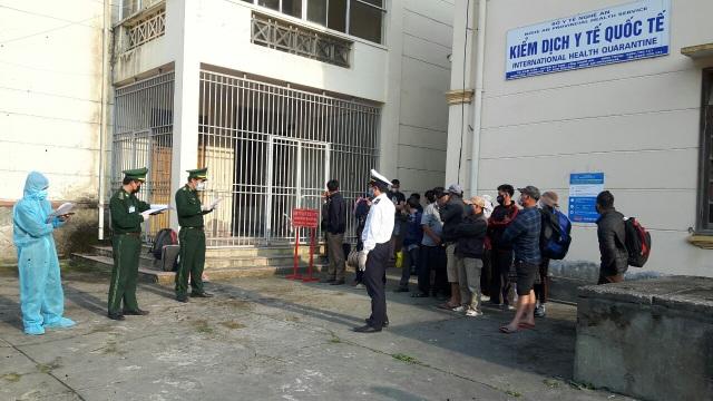 Chiến sỹ biên phòng Nghệ An ngày đêm chốt chặn đường mòn, lối mở biên giới - 23