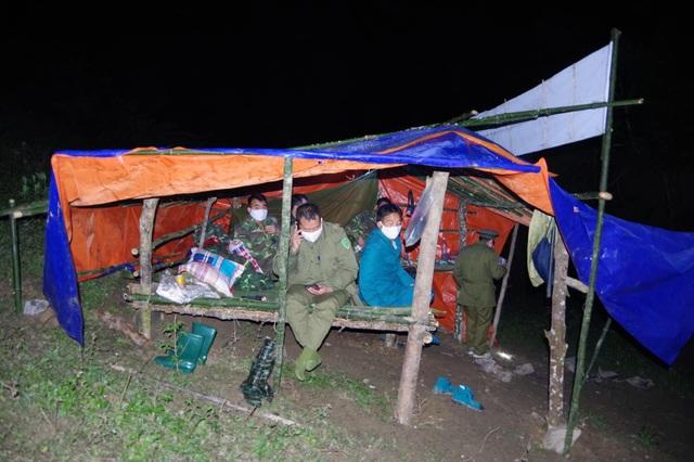 Chiến sỹ biên phòng Nghệ An ngày đêm chốt chặn đường mòn, lối mở biên giới - 18