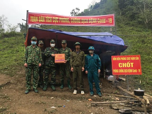 Chiến sỹ biên phòng Nghệ An ngày đêm chốt chặn đường mòn, lối mở biên giới - 13