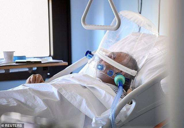 Hơn 70% trường hợp tử vong do virus corona ở Ý là nam giới - 1