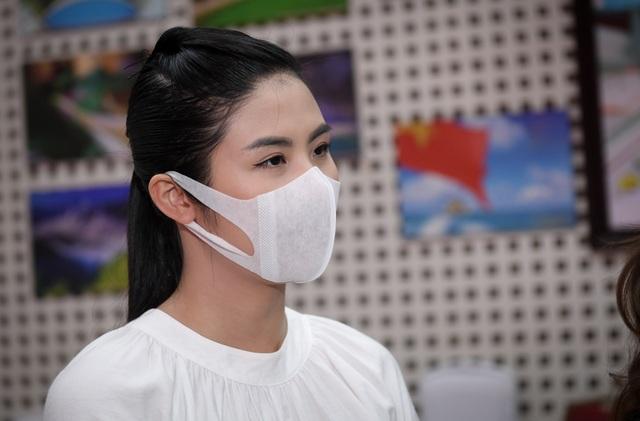 Hiến máu lần 7 giữa đại dịch, Hoa hậu Ngọc Hân kể câu chuyện rớt nước mắt - 6