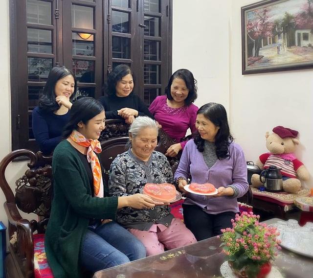 Hiến máu lần 7 giữa đại dịch, Hoa hậu Ngọc Hân kể câu chuyện rớt nước mắt - 9