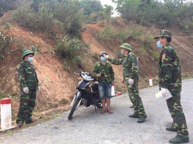 Chiến sỹ biên phòng Nghệ An ngày đêm chốt chặn đường mòn, lối mở biên giới - 15