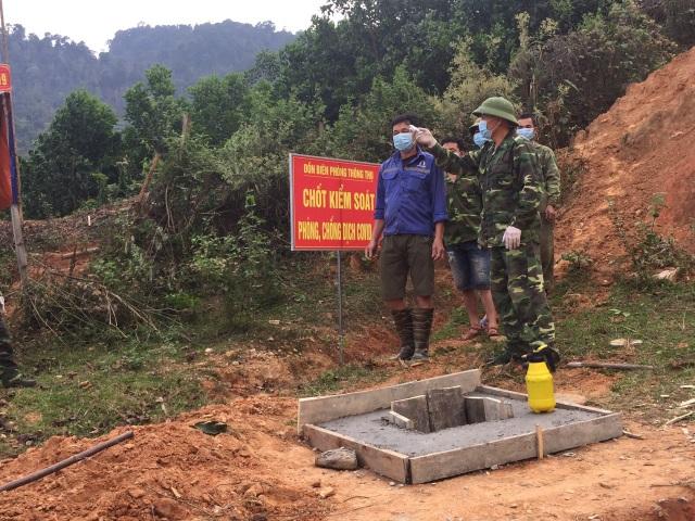 Chiến sỹ biên phòng Nghệ An ngày đêm chốt chặn đường mòn, lối mở biên giới - 16