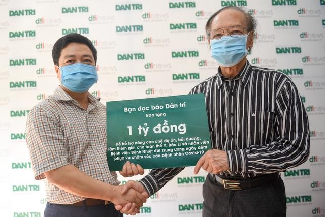 Bạn đọc Dân trí hỗ trợ Bệnh viện Bệnh nhiệt đới Trung ương 1 tỉ đồng - 1