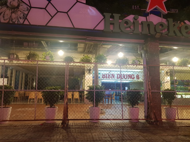 Hàng quán ở TPHCM sau lệnh dừng hoạt động: Nơi đóng cửa, chỗ thờ ơ - 6