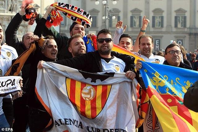 Trận đấu ở Champions League khiến hàng ngàn người nhiễm Covid-19 - 2