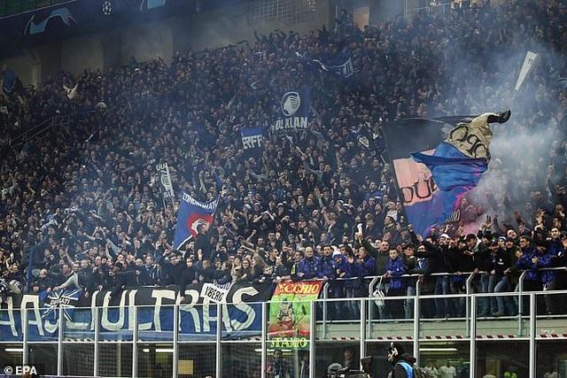 Trận đấu ở Champions League khiến hàng ngàn người nhiễm Covid-19 - 1