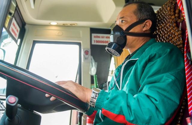 Hà Nội: Đi xe khách khai báo y tế ra sao? - 9