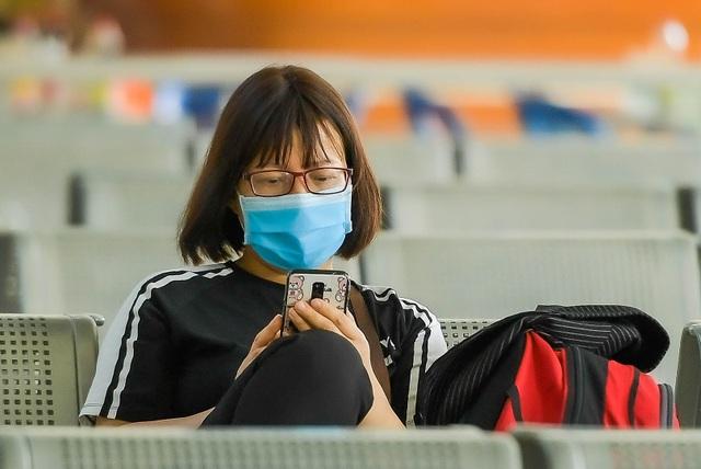 Hà Nội: Đi xe khách khai báo y tế ra sao? - 7
