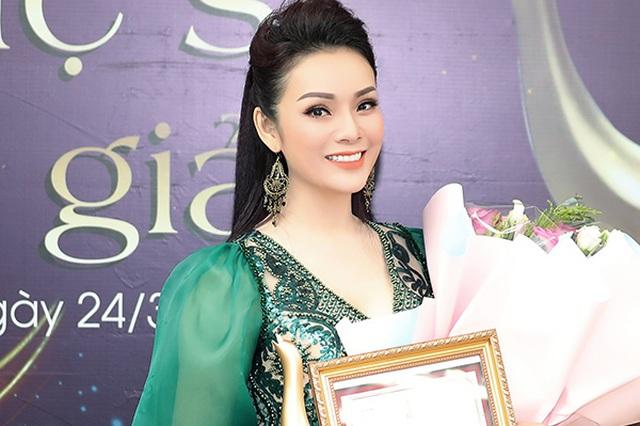 Hoàng Thùy Linh xuất sắc đoạt 4 giải Âm nhạc Cống hiến - 3