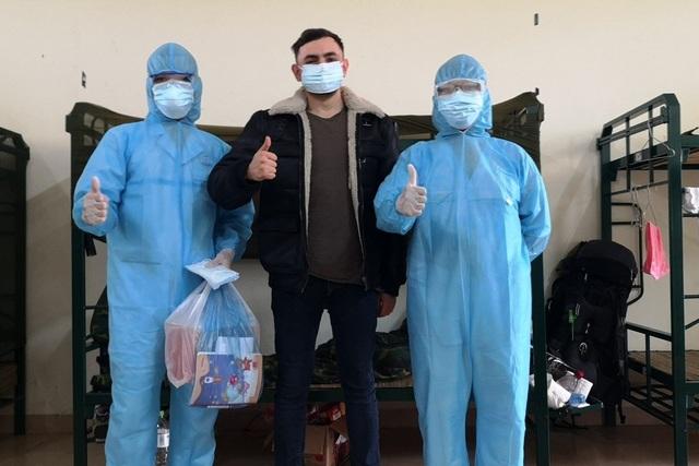 Báo nước ngoài viết về cuộc sống trong cơ sở cách ly Covid-19 của Việt Nam - 2