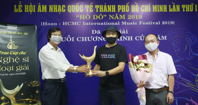 Hoàng Thùy Linh xuất sắc đoạt 4 giải Âm nhạc Cống hiến - 7