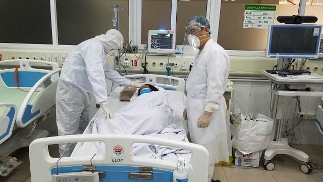 Bên trong phòng điều trị đặc biệt Covid-19 tại Bệnh viện Bệnh nhiệt đới TW - 1