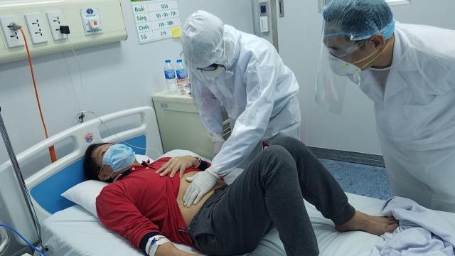 Bên trong phòng điều trị đặc biệt Covid-19 tại Bệnh viện Bệnh nhiệt đới TW - 7