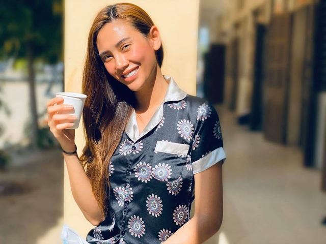 """Siêu mẫu Võ Hoàng Yến hái rau lang """"cải thiện"""" bữa ăn ở khu cách ly - 2"""