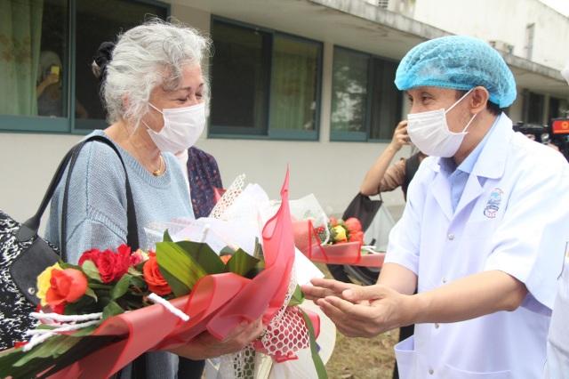 Nhật ký gửi vợ con đầy xúc động của nam điều dưỡng nơi tâm dịch - 7