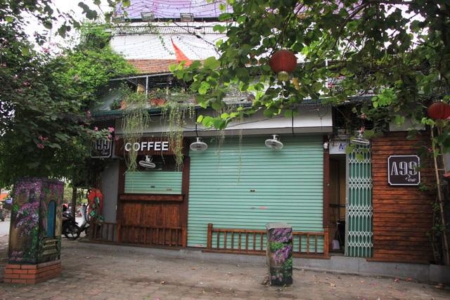 Công an hối hả đi vận động, hàng loạt quán cà phê ở Hà Nội đóng cửa - 15