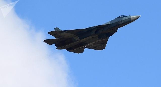 """Bóng ma bầu trời"""" Su-57 Nga diễn tập phóng tên lửa ngoạn mục - 1"""