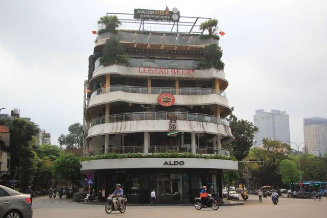Công an hối hả đi vận động, hàng loạt quán cà phê ở Hà Nội đóng cửa - 8