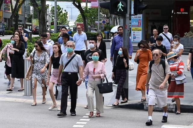 Singapore có số ca mới tăng kỷ lục trong ngày, Đông Nam Á nóng vì Covid-19 - 1