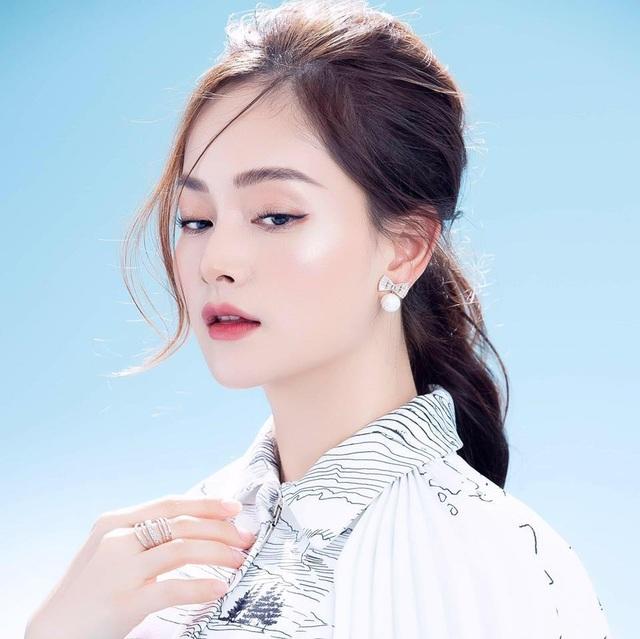 Lan Phương đưa con gái ra Hà Nội giữa dịch bệnh khiến Minh Vượng hốt hoảng - 4