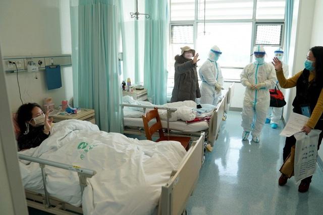 Chuyên gia: Có tới 10% bệnh nhân Vũ Hán tái nhiễm virus corona sau ra viện - 1
