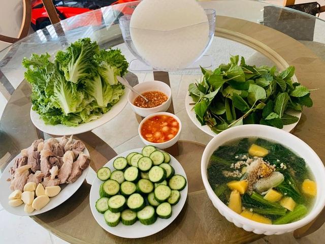 Ở nhà tránh dịch Covid-19, sao Việt khoe ảnh nấu ăn ngon - 8