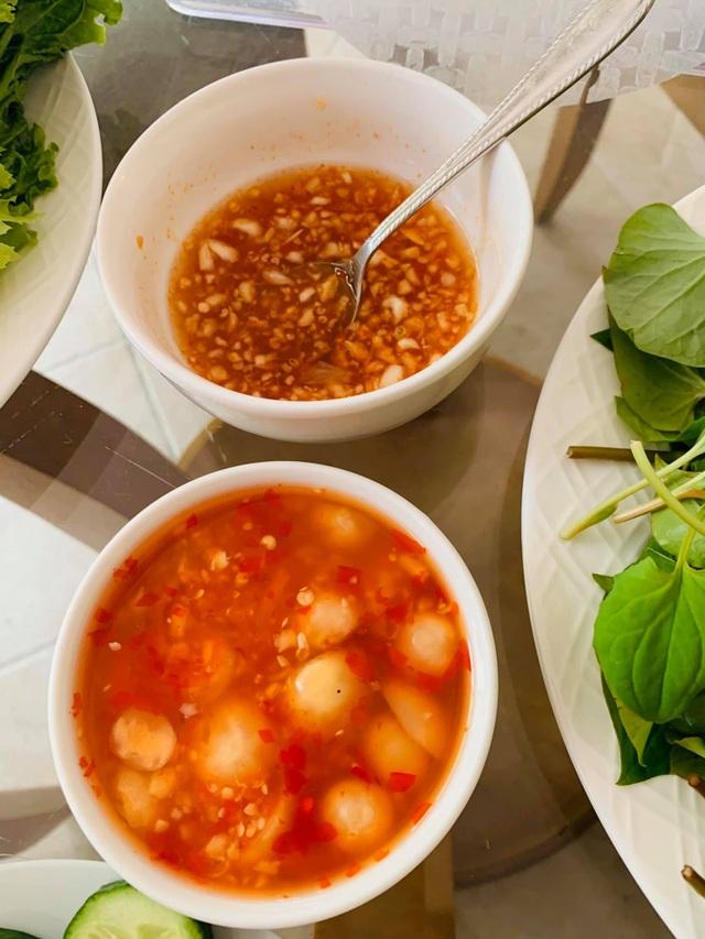 Ở nhà tránh dịch Covid-19, sao Việt khoe ảnh nấu ăn ngon - 9
