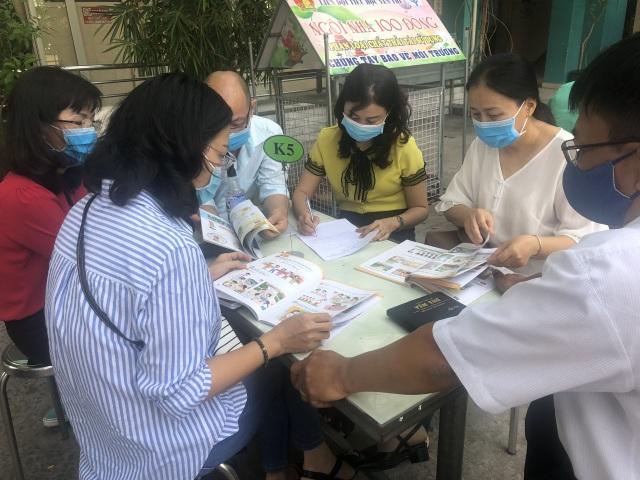 TPHCM ban hành tiêu chí lựa chọn sách giáo khoa - 1