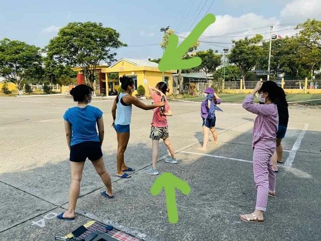 Cô giáo dạy Yoga ngay trong khu cách ly tại Đà Nẵng gây sốt - 7